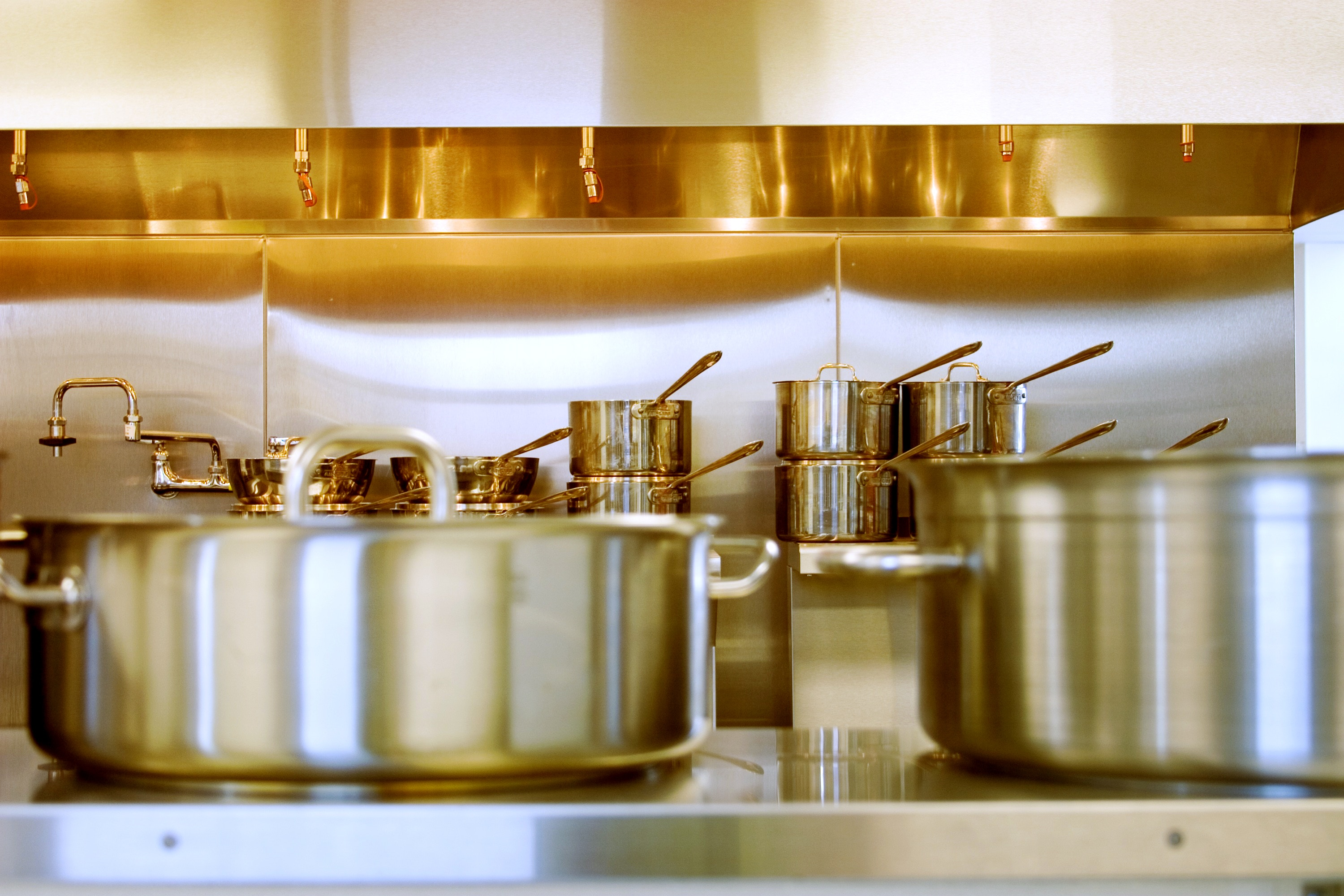 Maintenance Guidelines for Commercial Cookware