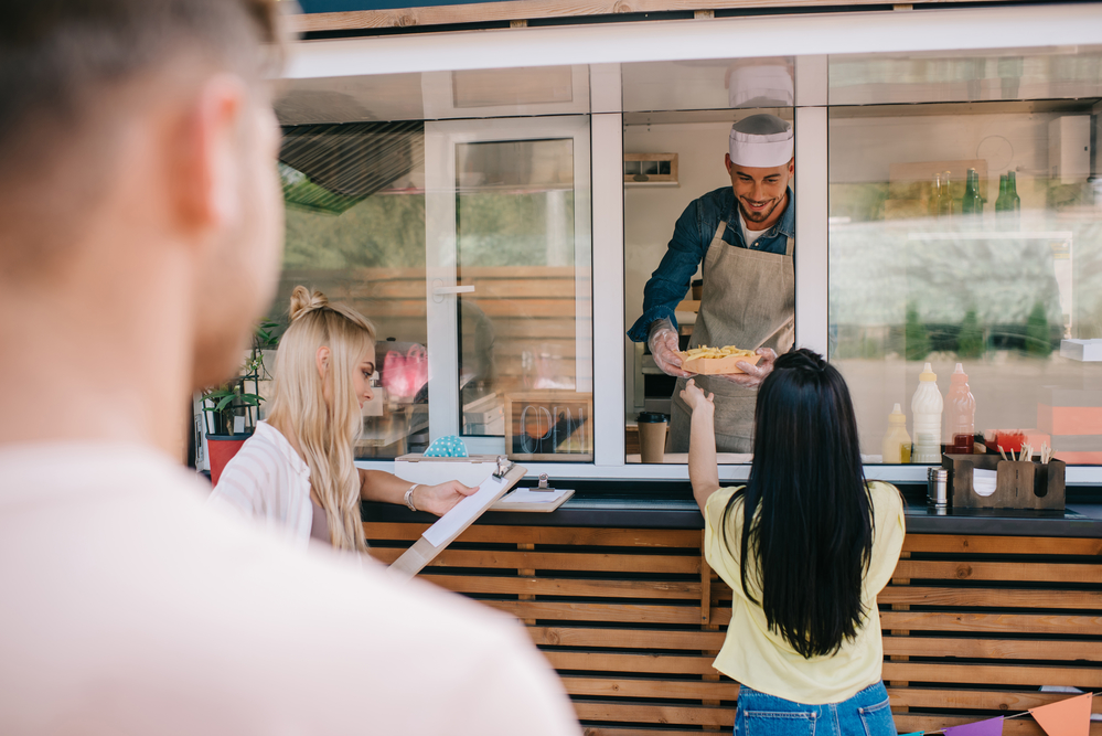 How to Transition from Food Truck to Brick-and-Mortar Restaurant